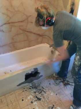 cast iron bathtub demolition 2 rockandnest
