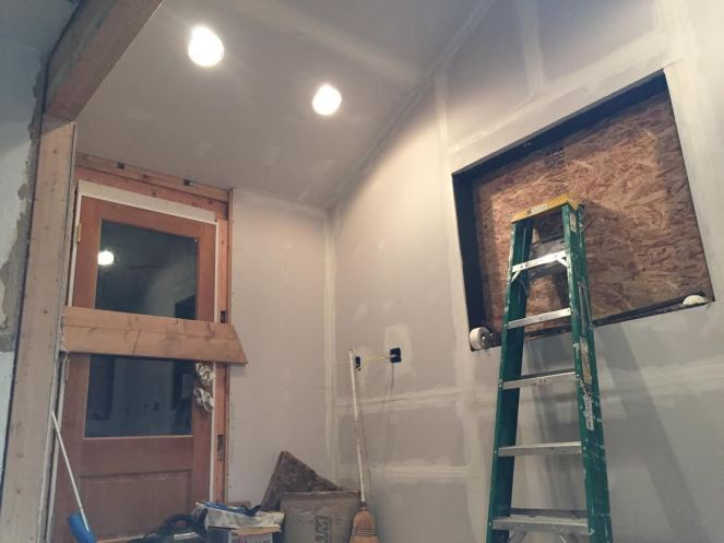 rock-and-nest-kitchen-remodel-insulation-and-drywall-3